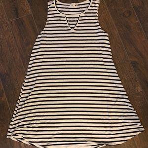 Other - Sleeveless T-shirt Dress